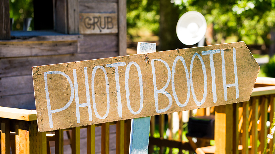 Steps to make a photo booth
